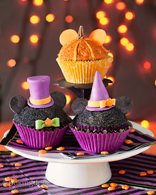 Scary Halloween Cupcakes  Mickey Mouse Halloween Cupcakes