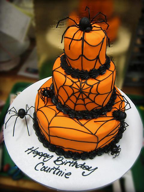 Simple Halloween Cakes  Halloween Cake