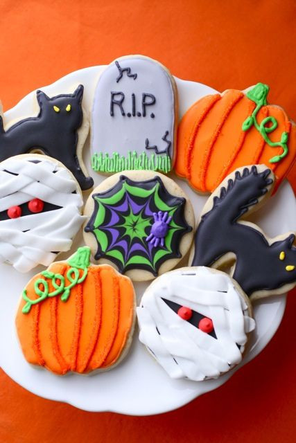 Sugar Cookies Halloween  1000 ideas about Halloween Sugar Cookies on Pinterest