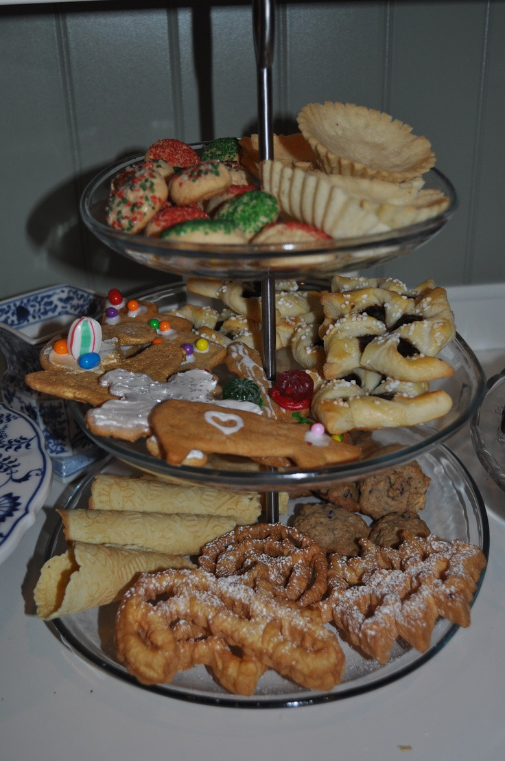 Swedish Christmas Desserts  Nice display of Scandinavian Christmas cookies