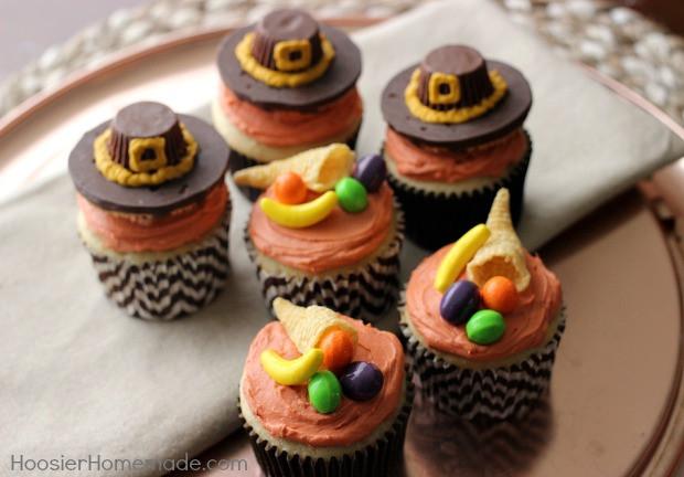 Thanksgiving Cupcakes Decorating Ideas  Thanksgiving Cupcakes Pilgrim Hats and Cornucopia