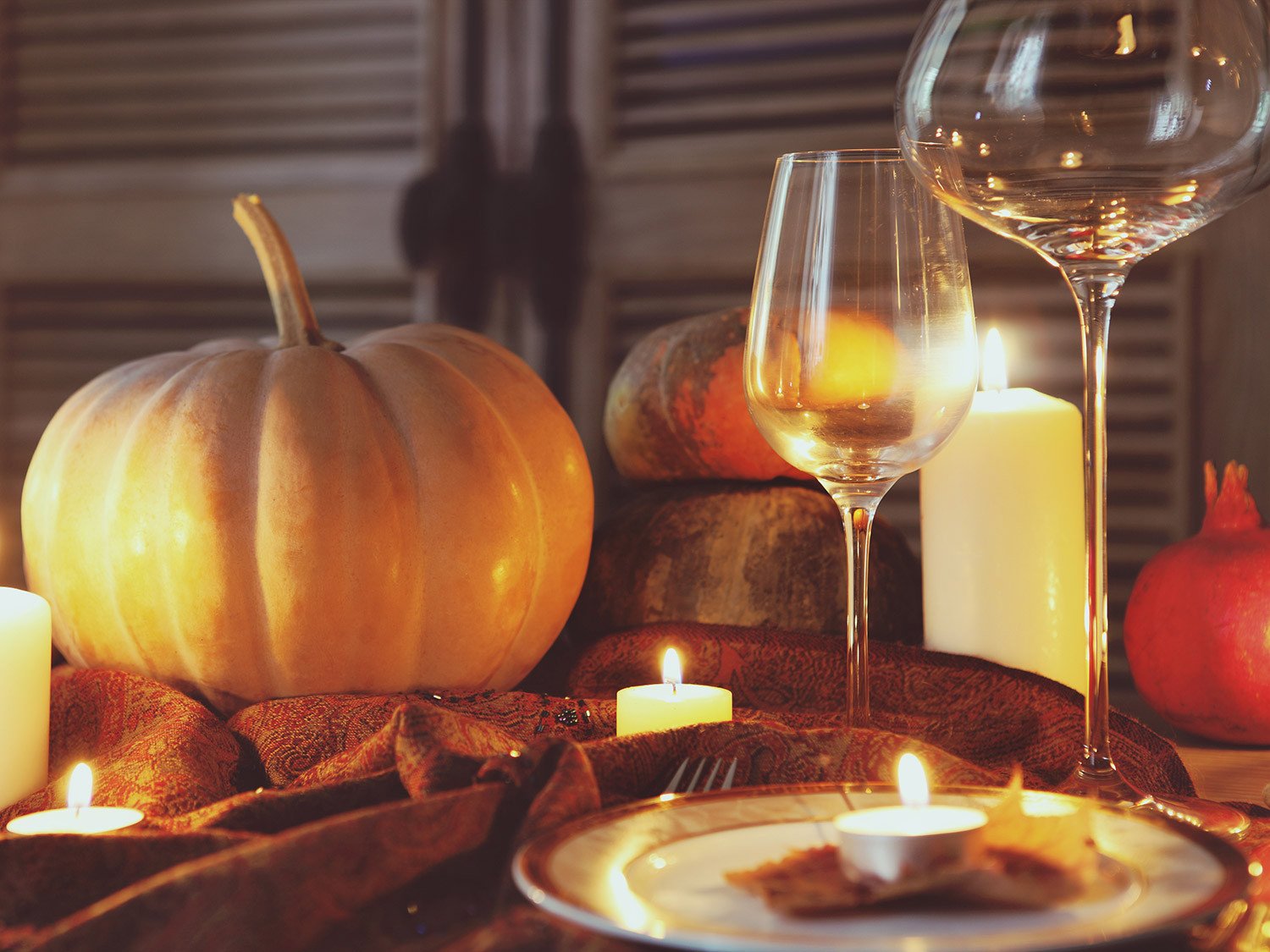 Thanksgiving Day Drinks  How to Save Money and Drink Good Wine This Thanksgiving