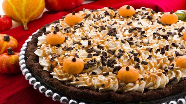 Thanksgiving Desserts List  Amazing Thanksgiving Dessert Recipes