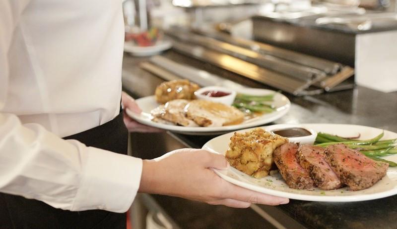 Thanksgiving Dinner Atlanta  Thanksgiving 2018 Metro Atlanta restaurants open on