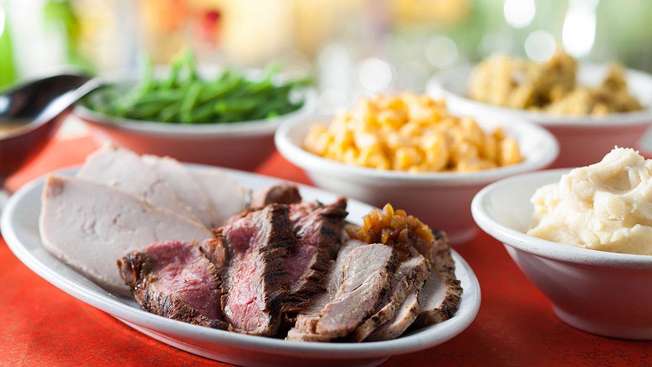 Thanksgiving Dinner Restaurants 2019  Where to Find Disneyland Thanksgiving Dinner