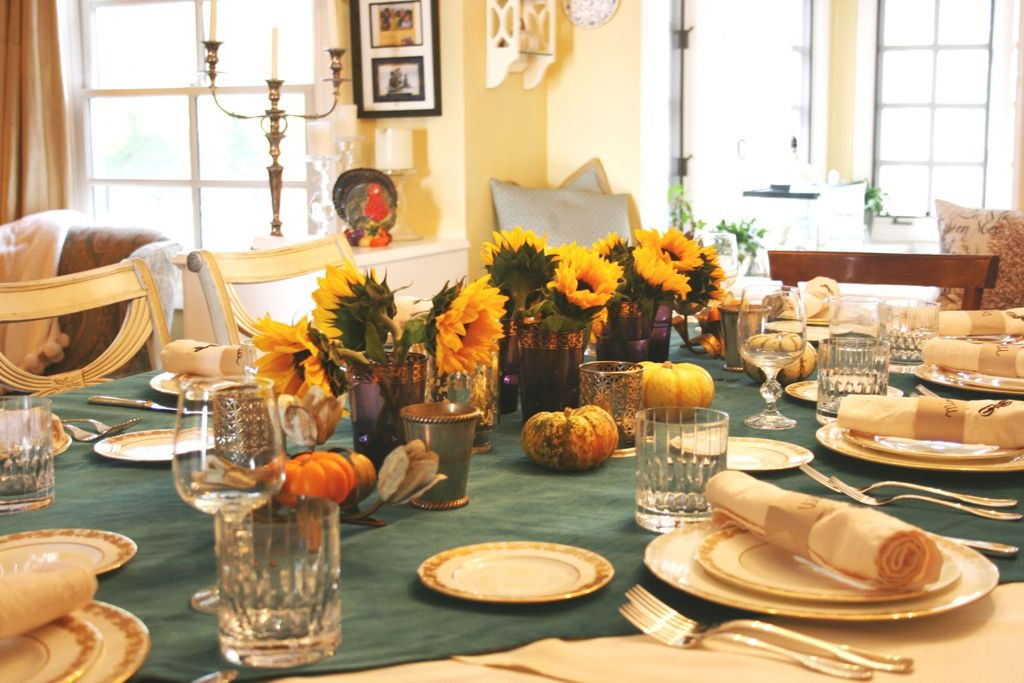 Thanksgiving Dinner Table Decorations  Posh Dining Experience Hyderabad s Most Luxurious Restaurants