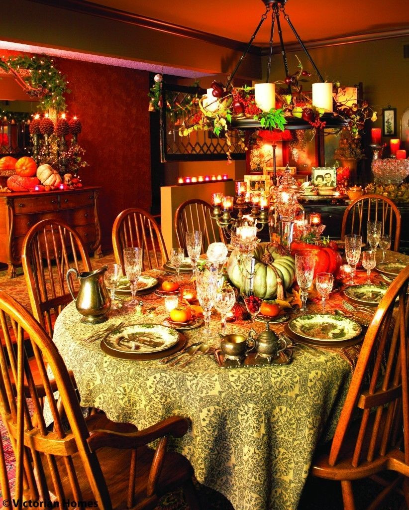 Thanksgiving Dinner Table Decorations  Richly Colorful Thanksgiving Dining Room s