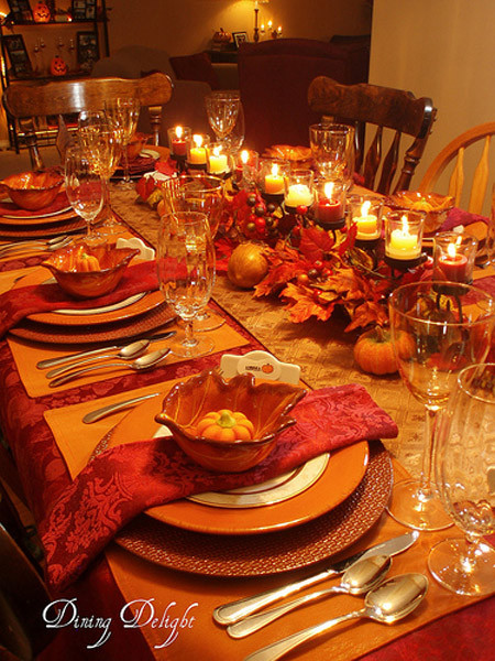 Thanksgiving Dinner Table Decorations  31 Stylish Thanksgiving Table Decor Ideas Easyday