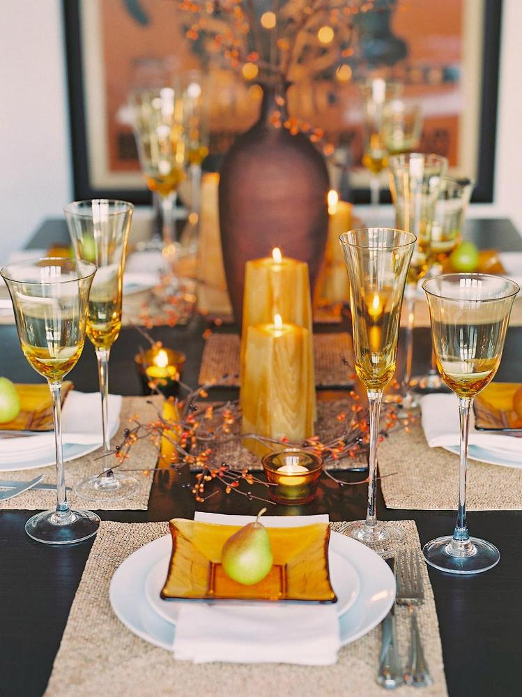 Thanksgiving Dinner Table Settings  The most elegant Thanksgiving table settings – Home And