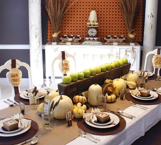 Thanksgiving Dinner Table Settings  5 Harvest Themed Thanksgiving Tables