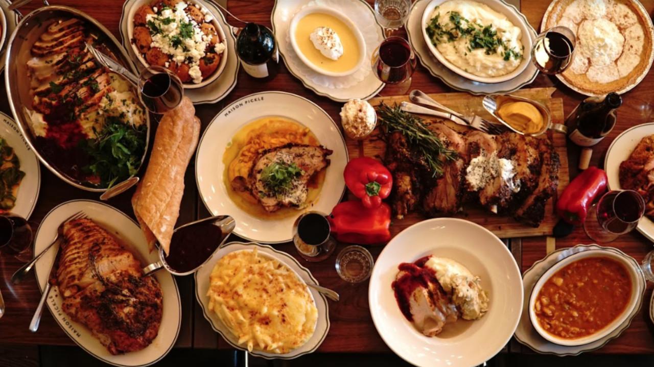 Thanksgiving Dinners New York City  NYC restaurants serving Thanksgiving dinner