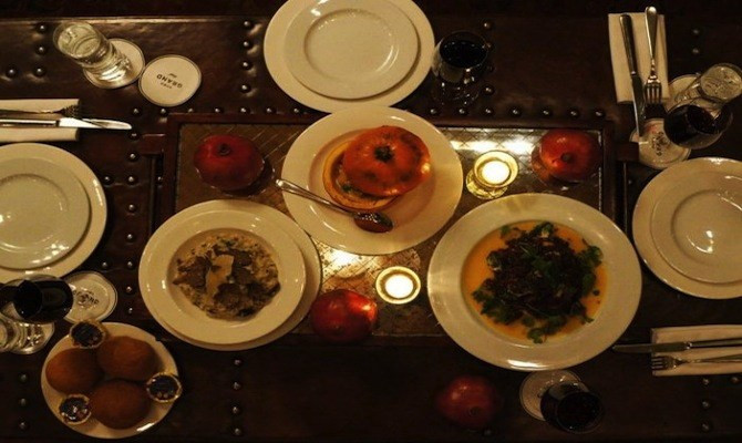 Thanksgiving Dinners New York City  Where to Eat Thanksgiving Dinner in New York City