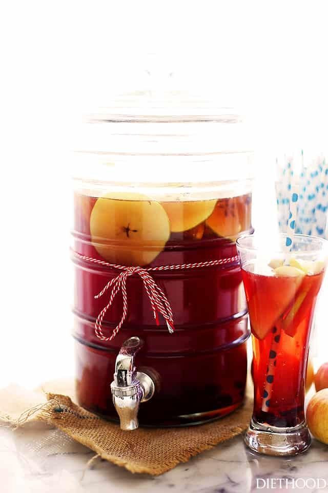 Thanksgiving Drinks For A Crowd  17 Thanksgiving Punch Recipes for a Crowd