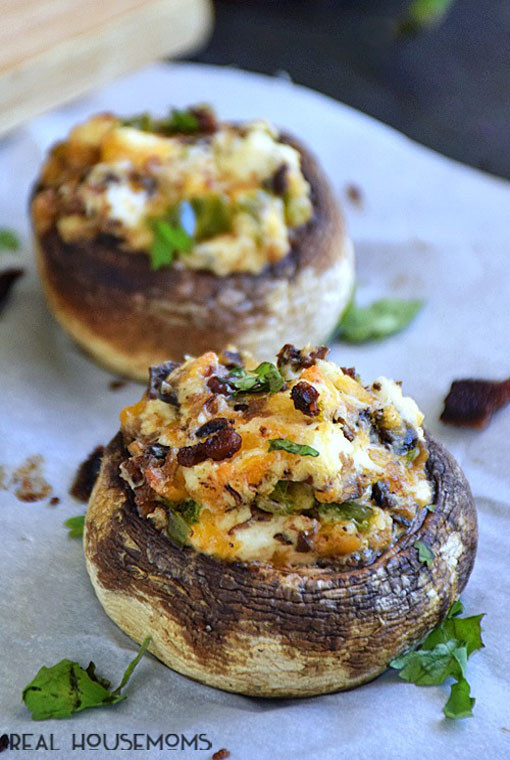 Thanksgiving Stuffed Mushrooms  27 Delectable Thanksgiving Appetizer Recipes Easyday