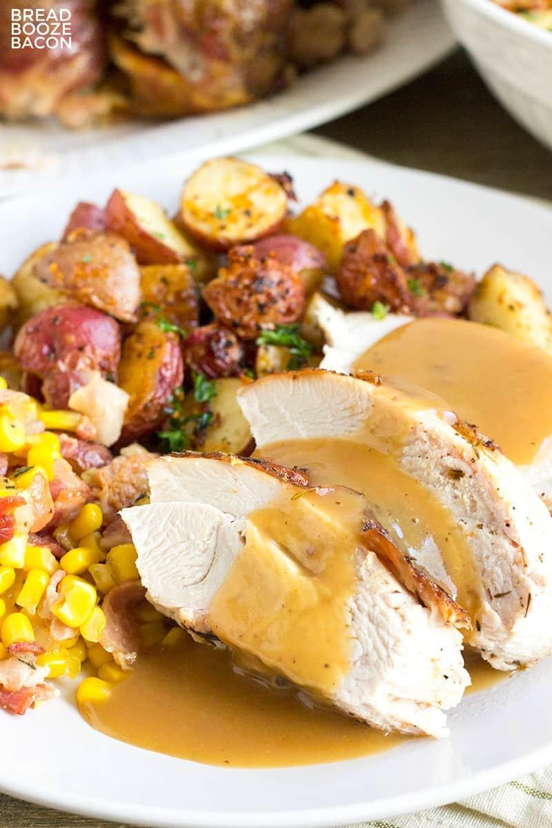 Thanksgiving Turkey Gravy  Easy Turkey Gravy Recipe • Bread Booze Bacon