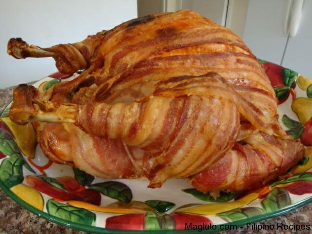 Thanksgiving Turkey With Bacon  Turkey Wrapped with Bacon Thanksgiving Turkey