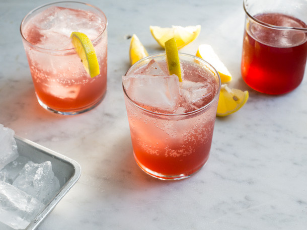 Thanksgiving Vodka Drinks  7 Nonalcoholic Drink Recipes for Thanksgiving