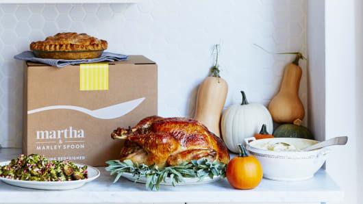 Turkey Delivered Thanksgiving  Martha Stewart s Thanksgiving dinner now es in a box