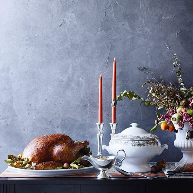 Turkey Delivered Thanksgiving  Four Ways to Have Thanksgiving Dinner Delivered to Your