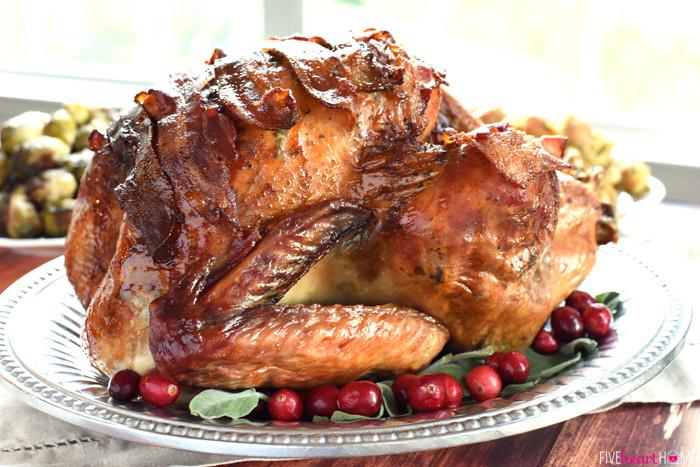 Turkey Recipe For Thanksgiving Dinner  37 Traditional Thanksgiving Dinner Menu and Recipes—Delish