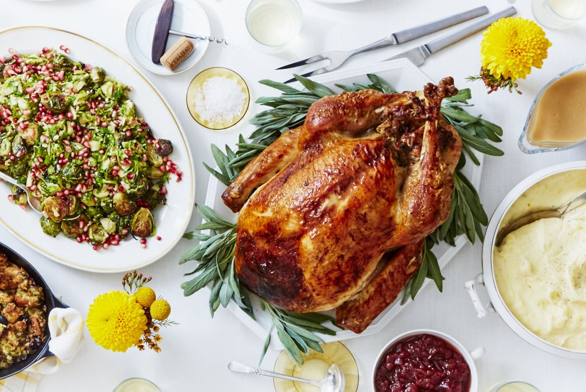 Turkey Thanksgiving Dinner  How to Easily Cook Thanksgiving Dinner With Martha