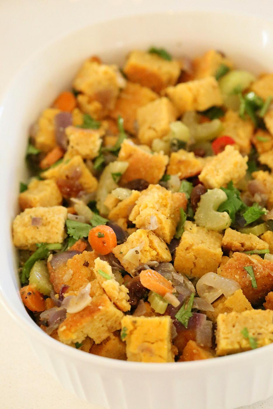 Vegan Thanksgiving Dressing  7 Vegan Thanksgiving Dressings and Stuffing Recipes