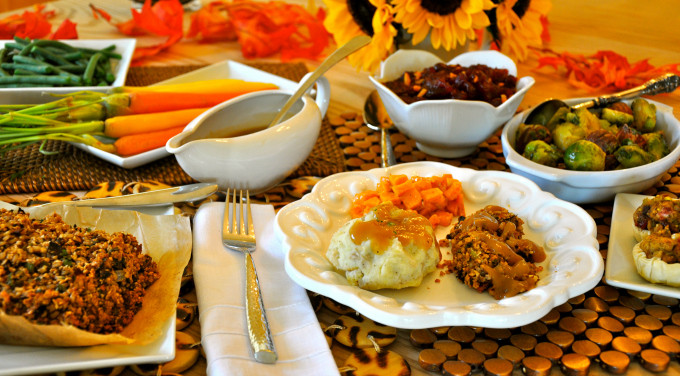 Vegan Thanksgiving Meals  Vegan Thanksgiving Recipes For A plete Holiday Dinner