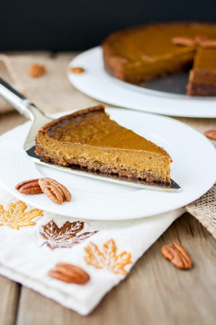 Vegan Thanksgiving Pie  25 Vegan Thanksgiving Recipes Vegan Heaven