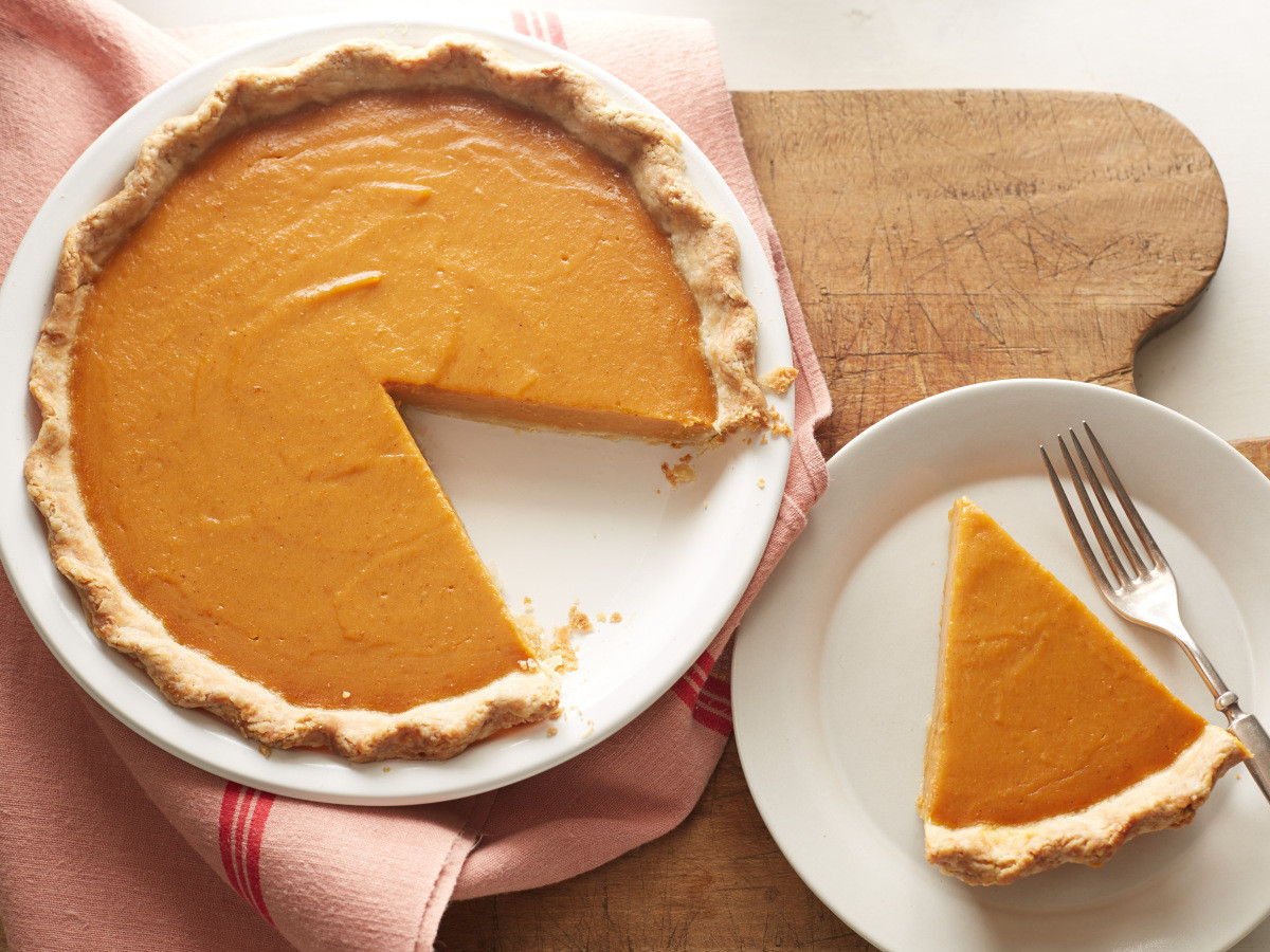 Vegan Thanksgiving Pie  December 25th is National Pumpkin Pie Day