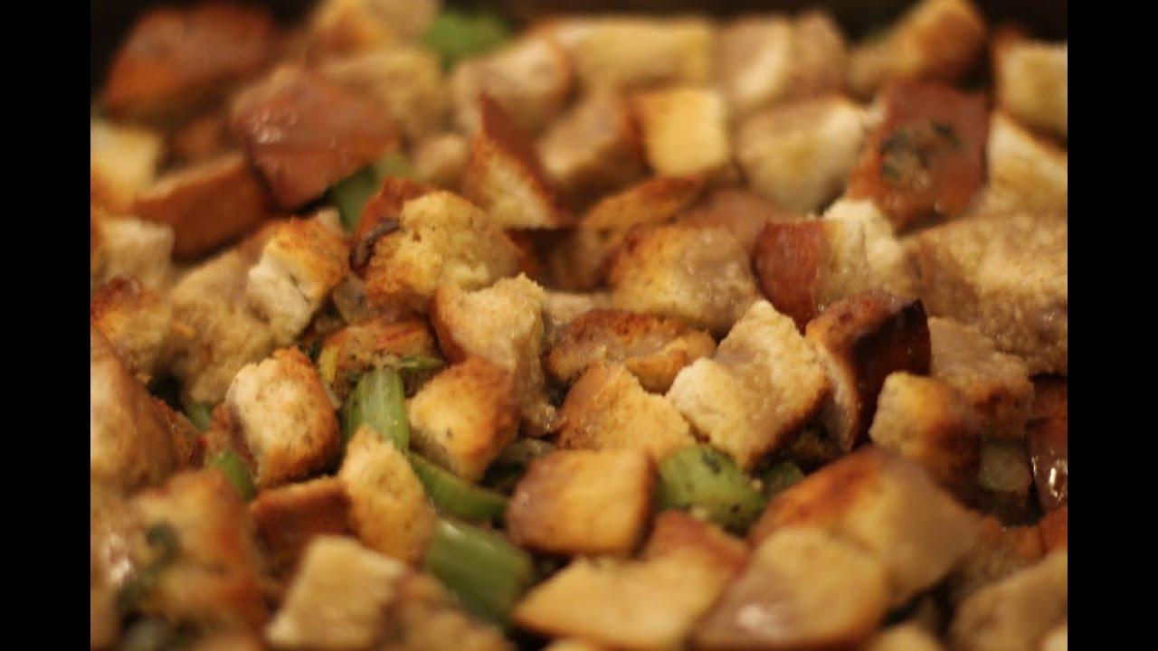 Vegetarian Thanksgiving Dinner Recipes  Vegan Stuffing Recipe Vegan Ve arian Meatless Monday