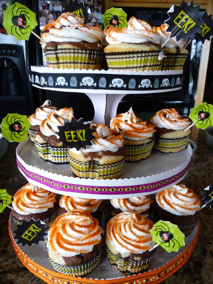 Walmart Halloween Cupcakes  Pin by Amy Majsterski on My Cupcakes