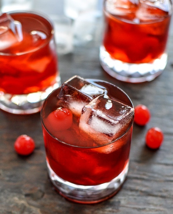Whiskey Christmas Drinks  Savvy Housekeeping Have A Merry Christmas With These Red