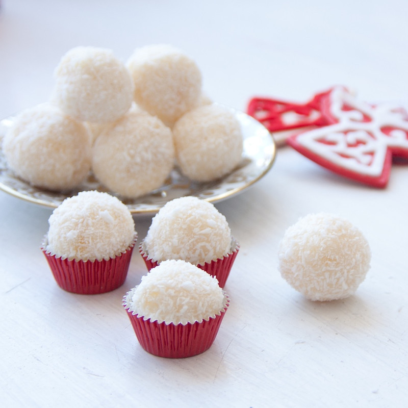 White Chocolate Christmas Candy  30 Sweet and Pretty Christmas Dessert Recipes